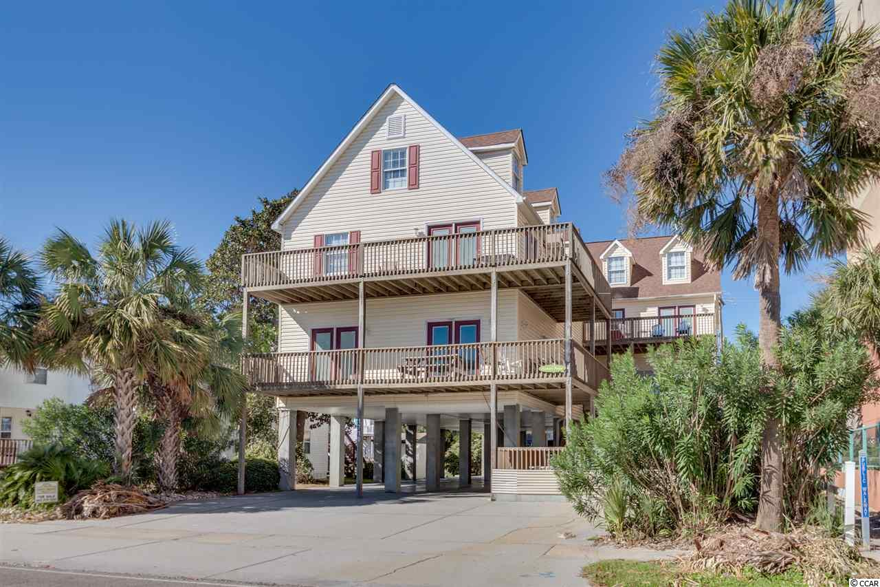 Captain's Palace Duplex has 14 Bedrooms & 10 Baths with a private pool & game room.  Great ocean views and just a few steps to the beach!  Each side has 7 bedroom and 5 baths, large kitchen & more!  Nicely decorated and appointed for large groups to enjoy!