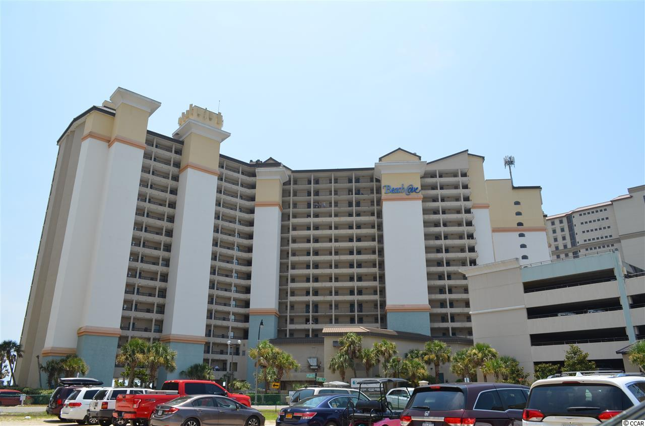 Great resort for family fun with all amenities right where you are. Beach, pools, arcade, restaurant on site and if you feel like branching out Barefoot resort is across 17 from you.  Walk to Hamburger Joes or grab an ice cream. This unit has granite counter tops with tile back splash along with fantastic views of the beach.