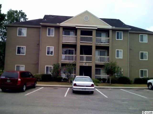 PRIVATE THIRD FLOOR END UNIT. PHASE TWO UNIT WITH ALL THE EXTRAS.  BEAUTIFUL VIEW FROM PATIO. CLOSE TO SHOPPING, HOSPITAL, CCU AND HCTC. COME AND SEE!!!