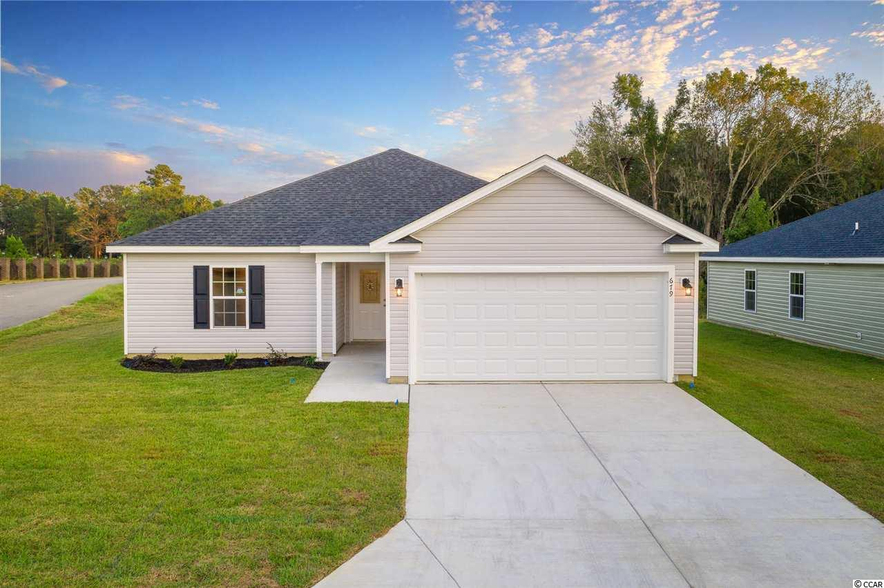 This is the very best priced new construction home in the area, and features all the comforts of a modern home you are looking for. Builder does not know when he can start or when he can close based on the development behind this home.