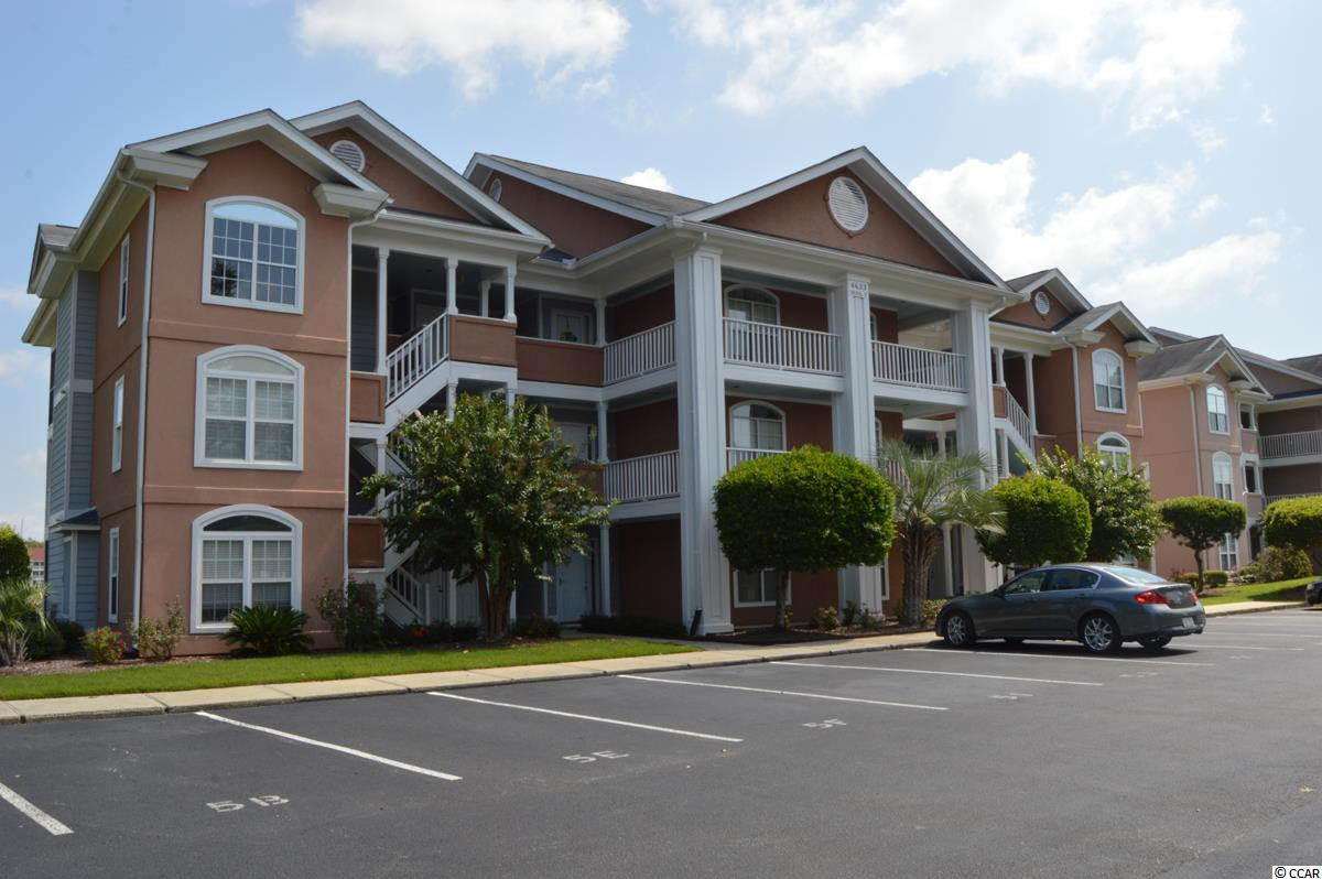 Rare find. Second floor unit in Lightkeepers Village. End unit looking out over the marina at Coquina Harbor and Clark's restaurant. Rarely used and never rented, this furnished condo is just waiting for new ownership to make this a wonderful beach getaway or permanent residence!  Great views and a great location...convenient to everything Myrtle Beach has to offer!!