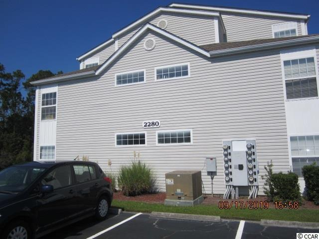 Location is the key for a great permanent or vacation home, plus rental. Southbridge has lakes, pools. basket ball court and area for grilling and easy to take a stroll. School bus does route through Community,  Easy access to Hwy 17 By Pass or to Hwy 17 Bus and the beach, this one is easy to see. Some TLC will make Condo a great place to call home. The living room is expanded for a Carolina Room.