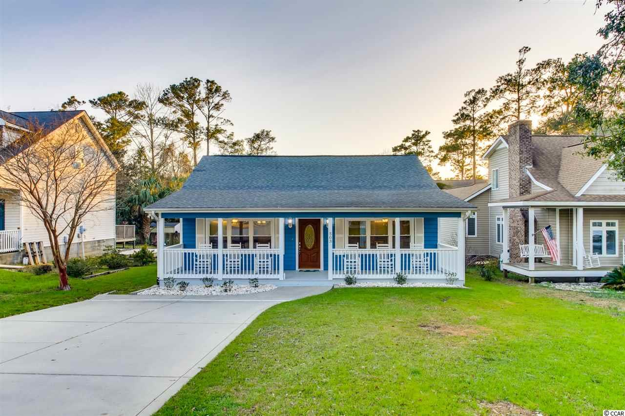 3BR/2BA Beach Cottage East of HWY 17 in OD section of NMB!  NO HOA fees!  Just a short golf cart ride to the beach & main street!  Home has been painted inside & out, new stainless appliances, smooth ceilings, new front load washer & dryer!  Large lot & 6' privacy fence!  This would make a great beach getway/second home!  Bring all offers!