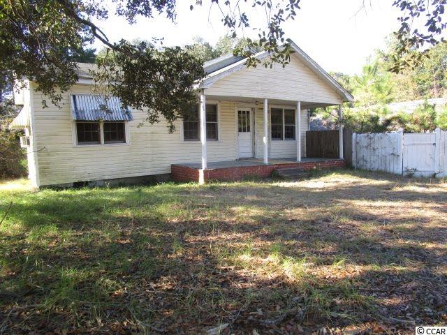 Detached home, 3 bedrooms, 1 bath, 1,120 ft2  in the Maryville Section of Georgetown, SC. Maryville Elementary School has an excellent reputation and is in high demand. Home needs repair but could be a great primary residence or rental. Public sewer, and water.  Close to Beaches and Intracoastal Waterway.