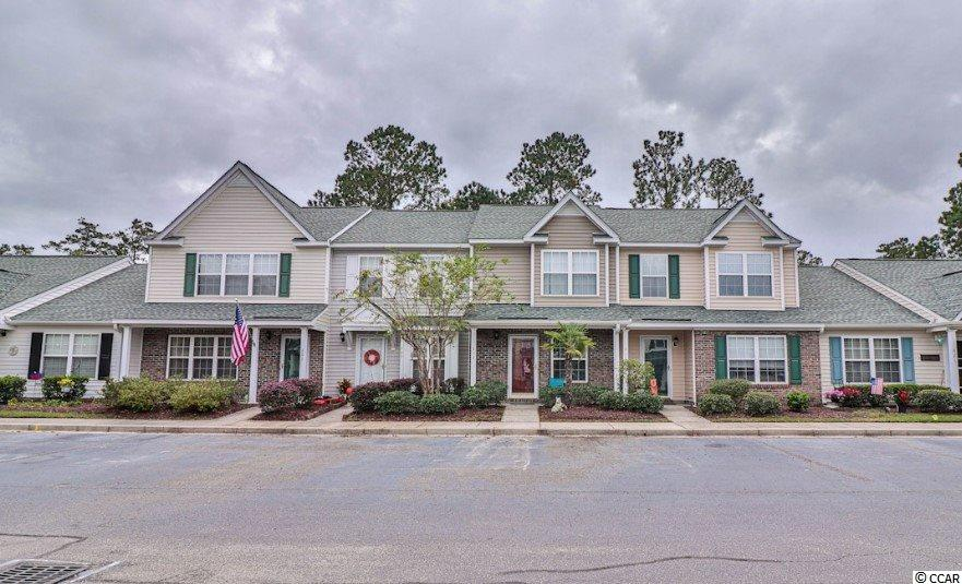 Charming 2 bedroom 2.5 bath townhome in desirable Wynbrooke subdivision! The updated kitchen features stainless steel appliances. Each of the 2nd floor bedroom include a full private bathroom. Enjoy community amenities including a large pool, beautiful ponds, and relaxing fountains.  Book your showing today!