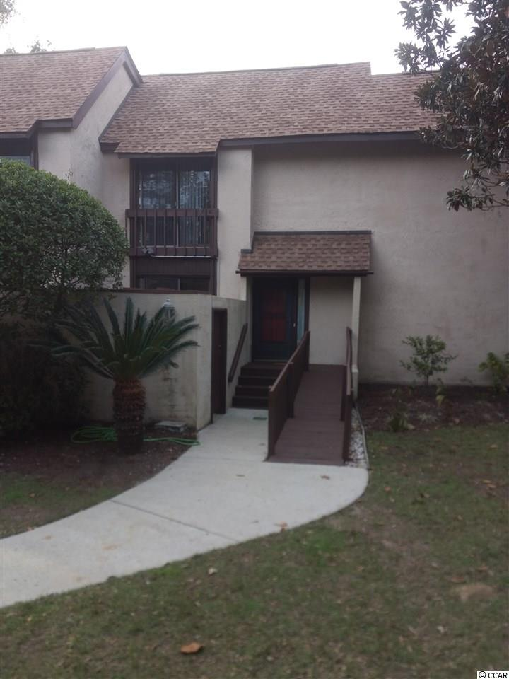 A well keep 4 bedroom/3 bath located lakefront in beautiful Belle Isle just south of Georgetown. It is 10 minutes from the Historic District Downtown. Shopping and restaurants on the waterfront. Belle Isle has many amenities - 2 pools, tennis courts, yacht club, marina and a beach house at Pawleys Island. Beautiful live oaks and magnolias throughout the property. It is 59 miles north of Charleston and 32 miles south of Myrtle Beach. Square footage is approximate and not guaranteed. Buyer is responsible for verification.