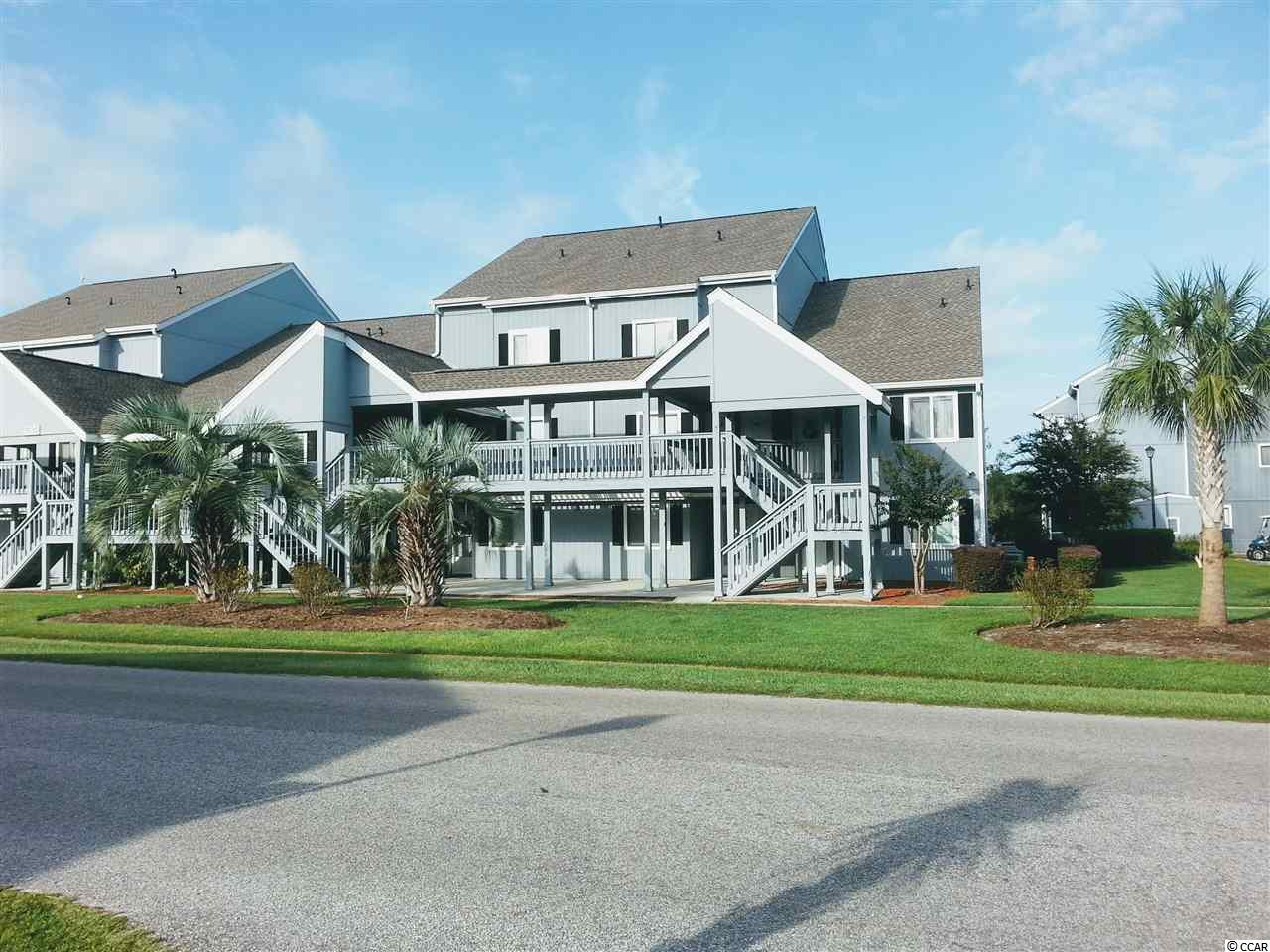 Beautiful 2br condo close to Coastal Carolina and to the beach to major shopping mall;restaurants and hospital.Highly desired area.