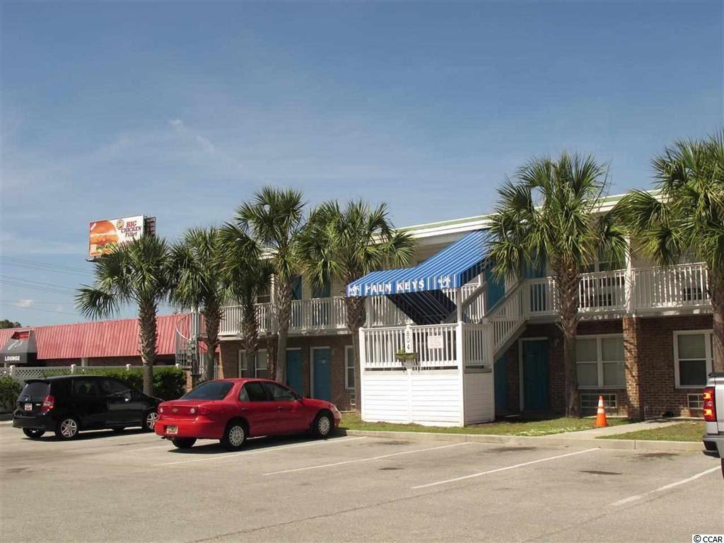 Palm Keys in North Myrtle Beach!  One bedroom, One bath condo located East of Hwy 17, with low HOA fees. The building has a pool, grilling area and an onsite coin-op laundry.