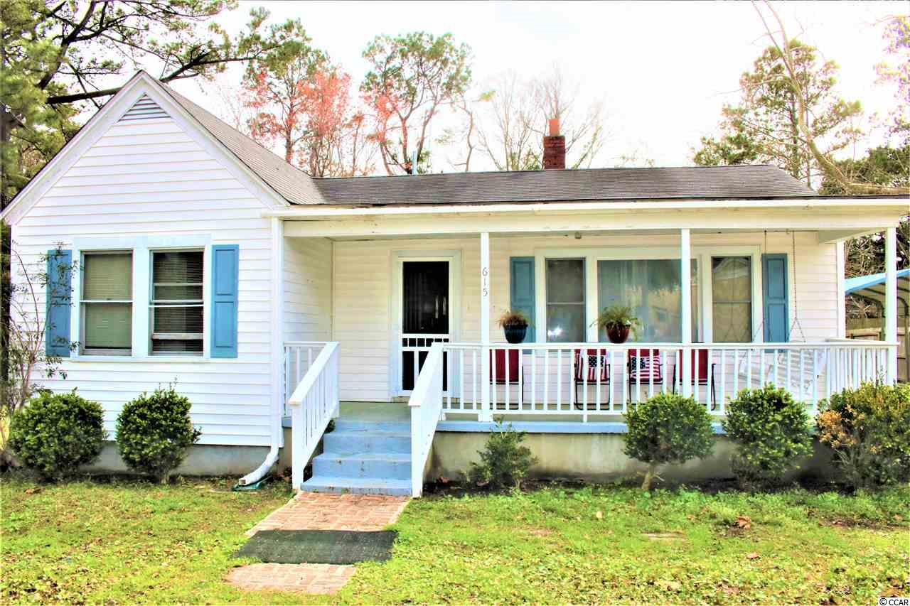 PRICED TO SELL!!1 Nice 3 bed 2 full bath house in the Maryville community. Home has hardwood floors and an open floor plan with a large backyard. Located just minutes from downtown Georgetown and public boat ramp. This home won't last long.