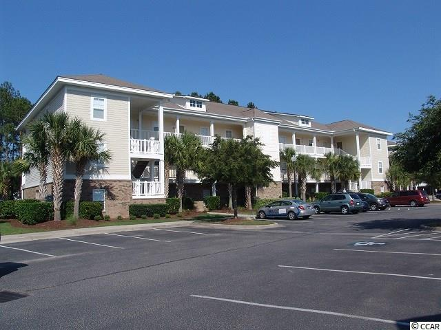 This very nice 2 bedroom 2 bath unit in the Willow Bend community. Willow Bend in the Barefoot community of North Myrtle Beach has the location. This allows easy access to North Myrtle Beach and Myrtle Beach and especially Barefoot Landing.  Barefoot Landing has 50 shops, 15 restaurants,nightlife,fireworks and lots of entertainment.  Close to the Barefoot community you will find all that the Grand Strand has to offer as well as  the Tanger Outlets, Myrtle Beach Mall and the 4 great golf courses of Barefoot Landing as well many other golf courses.  Willow Bend owners have access to the Beach Cabana and shuttle services to and from the beach Cabana during operational times. The pool along the intercoastal waterway as well as the pool at Willow Bends.  Has some short term rental restrictions.