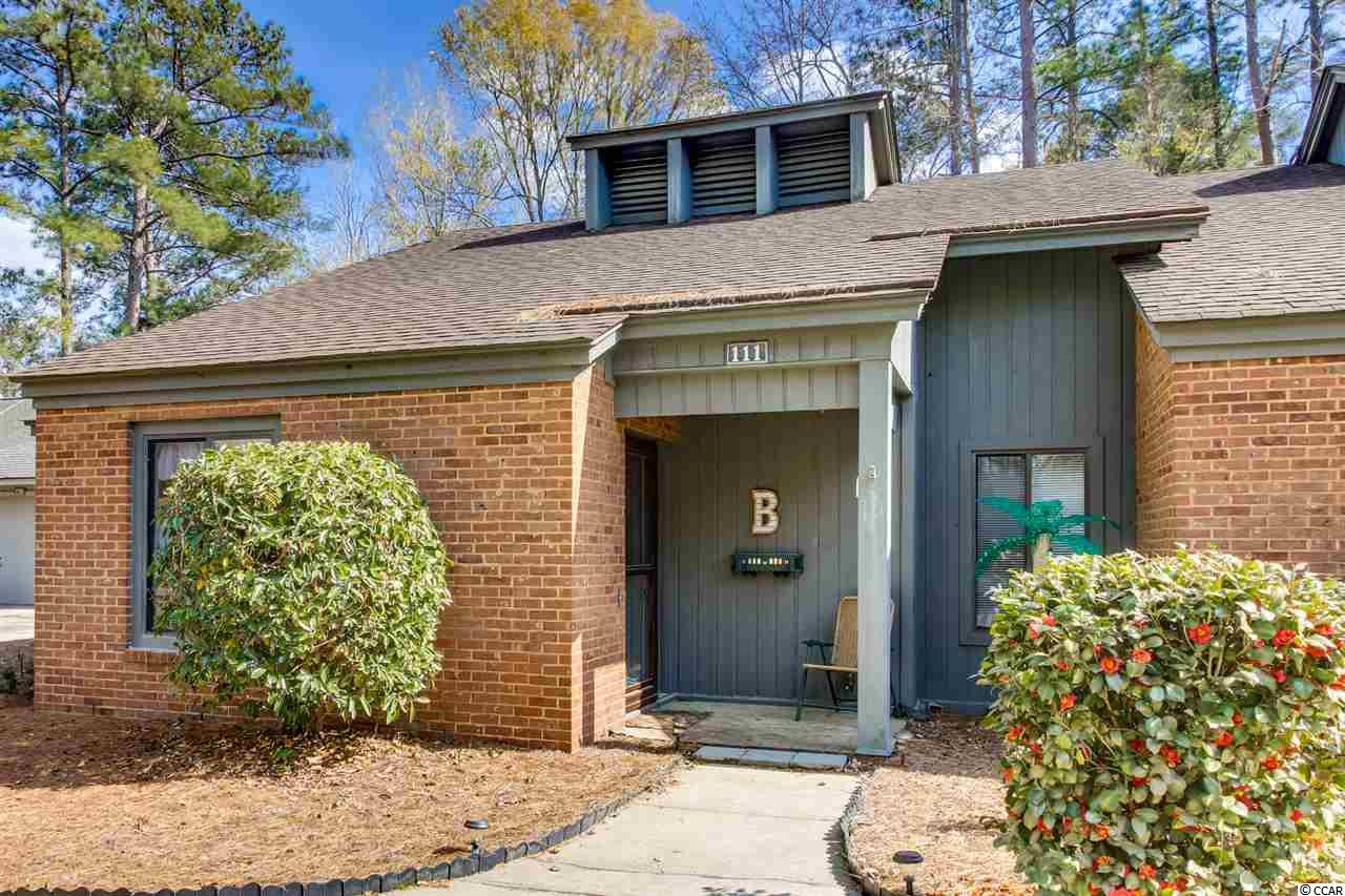 Myrtle Trace 2BR/1.5BA townhome style condo in 55+ Community.  1 of only 6 condos in Myrtle Trace.  End unit with views of large lake.  All appliances covey with property.  Carolina Room is approx 12x13.6.  Very active community that offers: clubhouse & outdoor pool.