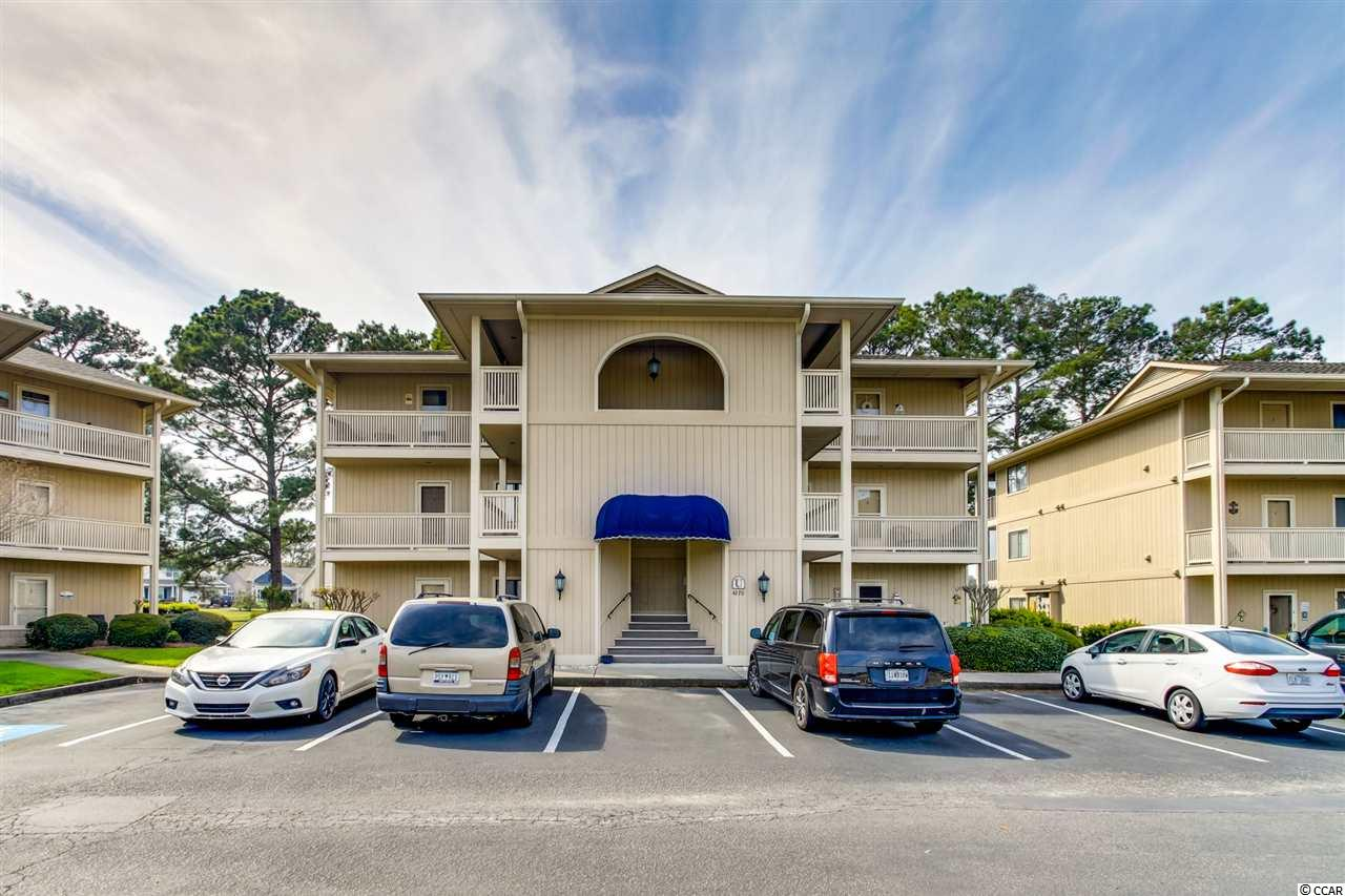 Cypress Bay G&T 2BR/2BA  fully furnished top floor condo.  Spacious and open floor plan, kitchen features a nice breakfast bar, upgraded lighting, and stainless appliances, totally repainted inside, new vanity and toilet in master bath which also features a tiled wall backsplash, HVAC replaced in 2018, Water Heater replaced in 2019.  Screened balcony to enjoy the nice spring and summer nights. Outside attached storage closet.