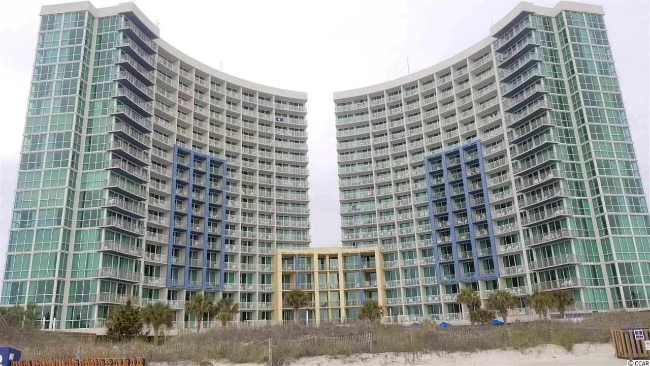 Great 3 bedroom, 3 bath condo at the family friendly Avista Resort in North Myrtle Beach! Resort amenities include 1 indoor pool and 2 outdoor pools, kiddie pools, lazy river, spas, pool side bar, Just Off Main restaurant, fitness center and more! Short walk to Main Street and minutes to dining, shopping, entertainment and golf...take a look!