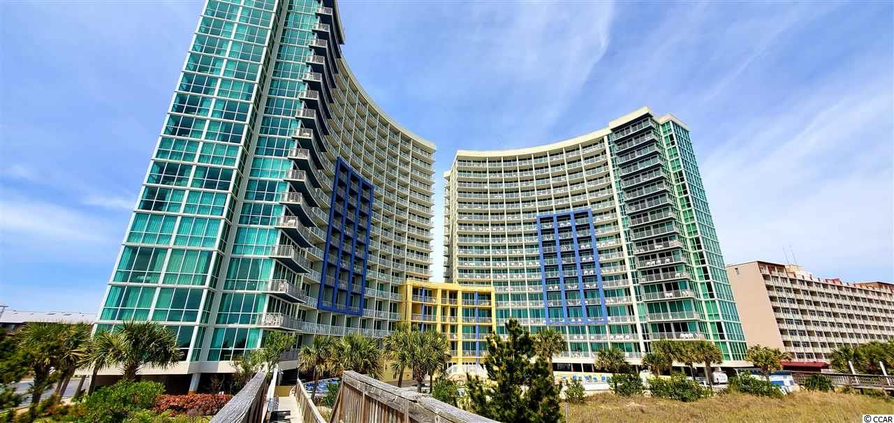 Great one bedroom, one bath ocean view condo at the Avista Resort! Just blocks from Main Street in North Myrtle Beach, easy access to dining, entertainment, shopping and golf...take a look!