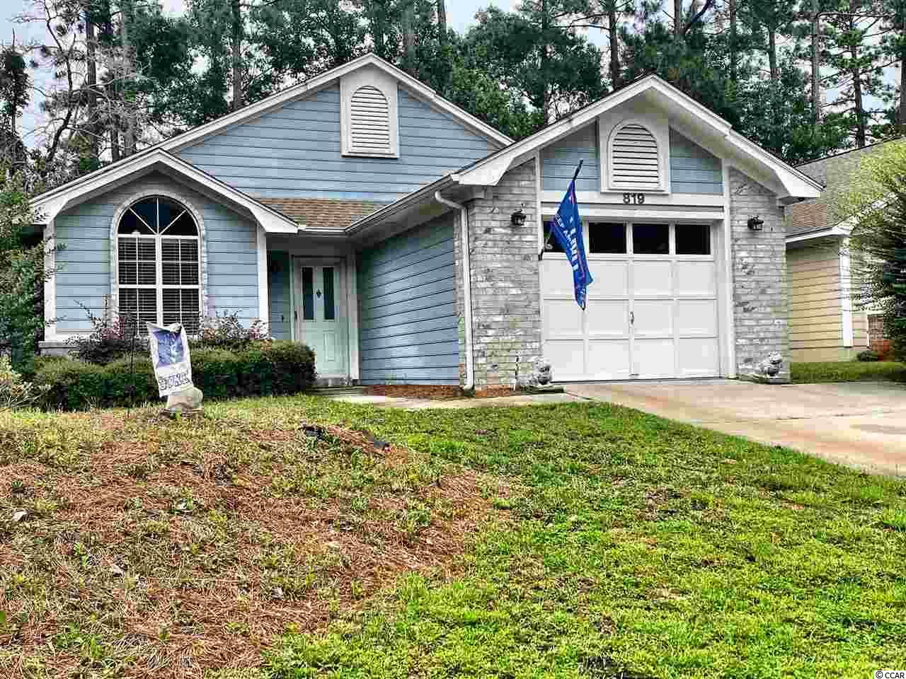 Cozy 3 bedroom, 2 bath home in the peaceful Golf Course community of The Knoll in River Hills.  Ranch style home with spacious master suite.  Mature landscaping surrounds home which allow for privacy.  These homes don't come on the market often and when they do they don't last long!  Low maintenance and move in ready!  Don't miss out on this affordable home.