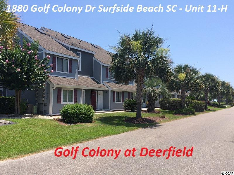 Golf Colony at Deerfield is a little over 2 miles to the beach. This efficiency offers a raised platform bedroom space for a larger mattress. The kitchen has good cooking space and a place for your guests to hangout. The updated flooring, modern interior paint design, skylight and cathedral ceilings, brings life to this unit. Your deck overlooks the pool and allows you to enjoy the view. If you need good storage space for your clothes and a place to hide cleaning supplies look no further.