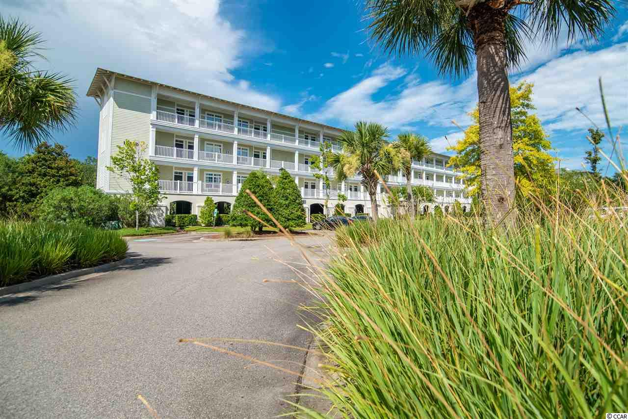 Exceptional 2BR/2BA furnished Seaside Inn condo. Third floor, end unit is immaculate with a multitude of upgrades and high end furnishings. Brand new HVAC (7/20), brand new carpet, brand new upholstery, fixtures, furnishings and more! Washer/dryer is 5 yr. old.  An absolute MUST SEE! Best rental history imaginable.