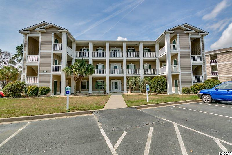 Do not miss this single-level, top floor unit in Sweetwater! Nestled in Murrells Inlet, this light-filled, free-flowing condo makes it easy to imagine your life here. Enjoy a split-bedroom floor plan and sliding glass doors leading to your 8'x12' screen porch overlooking the pool. This three-bedroom, two-bathroom unit has ample storage throughout and spacious private and common living spaces. You'll surely appreciate the breakfast bar and dining area afforded to you, in addition to the kitchen's abundant solid surface counter space and cabinetry. From the kitchen, the spacious living room and dining area connect to create an open and welcoming space that is perfect for entertaining or comfortable living. The master bedroom with ensuite bath features a large walk-in closet, vanity space, and a shower and tub combination. This unit enters through the foyer with the second bathroom splitting the two additional bedrooms. To the immediate left of the foyer is the second bedroom while the third bedroom is to the right, just beyond the bathroom. Each bedroom is outfitted with a ceiling fan for comfort. Your Indian Wells address is located just minutes from the MarshWalk, Garden City Beach and several world-class golf courses. You are also in close proximity to all the unique shops and art festivals of Pawley's Island as well as the entertainment, shopping, and excitement of Myrtle Beach. Rest easy knowing you are only a short drive from medical centers, doctors' offices, pharmacies, banks, post offices, and grocery stores. HOA information has been provided to the best of our ability. All information should be verified and approved by the buyer. Square footage is approximate and not guaranteed. The buyer is responsible for verification.