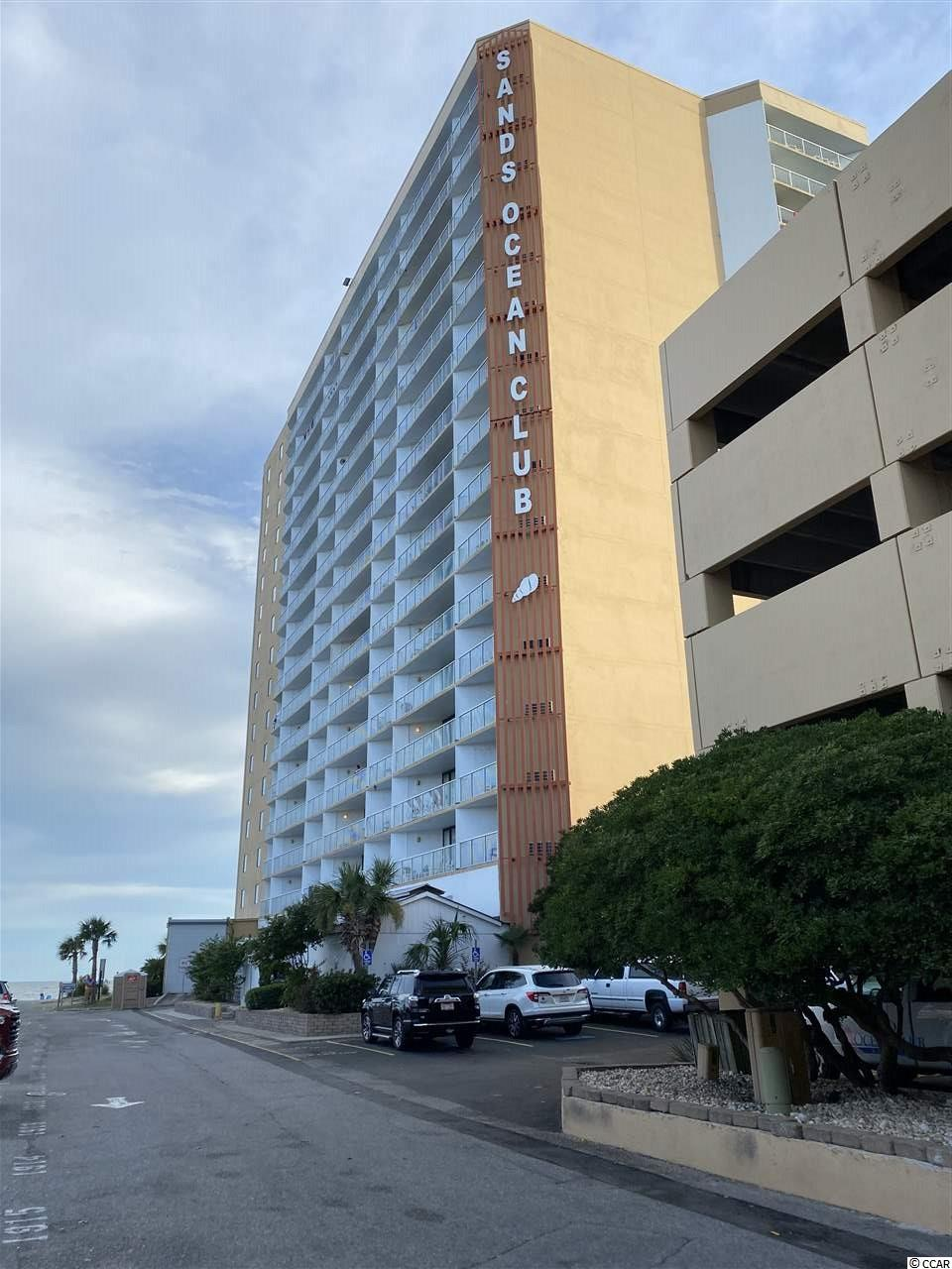 Famous Sands Ocean.  This condo OceanFront faces the south and the view is beautiful.  Fall is a beautiful time to own OceanFront condo..... Efficiency with kitchen and one bath.  Take a look at this freshly painted condo. Great get away or investment property.