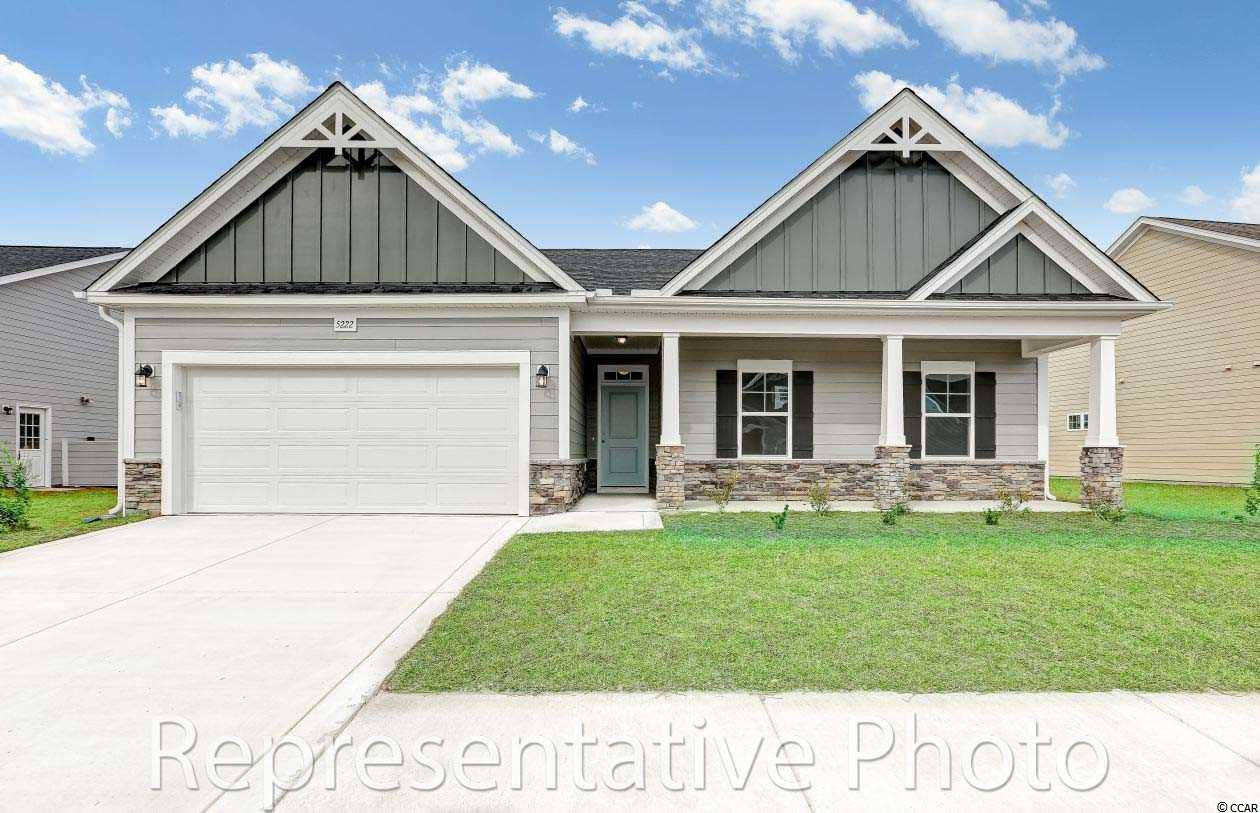 Very popular Frisco plan with 3 bedrooms and 2 baths!
