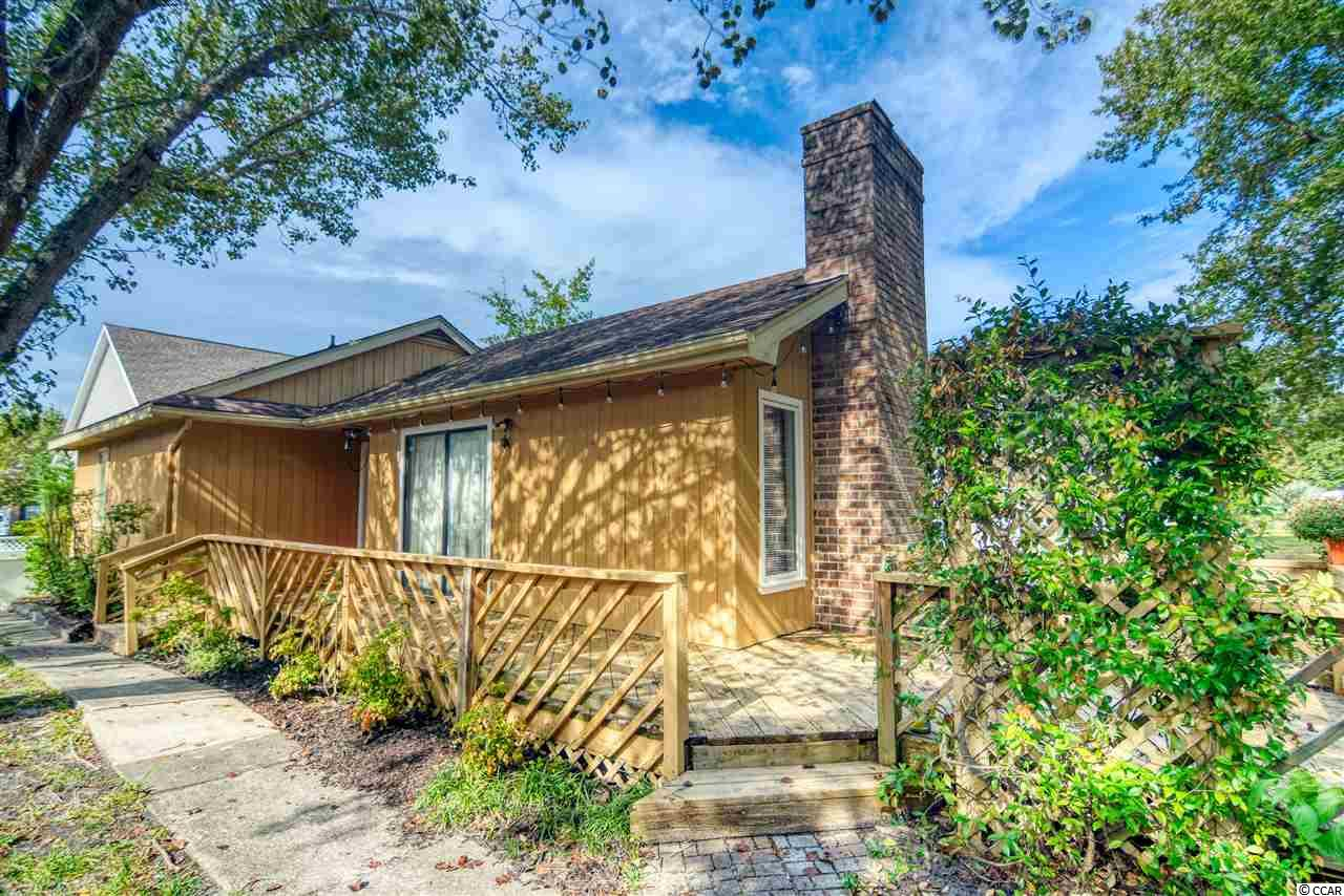 2bd/2ba single level home w/ large private large deck and fireplace. NO HOA - Only 10 min Walk To The Beach but Flood Insurance NOT required as this is FEMA Flood Zone X. Walk to restaurants, shops and grocery stores AND only a 2 min walk to the Settlers Point public park, perfect for walking your dog. Enjoy as an investment property, 2nd home, or a primary residence! This home is move-in ready! Settlers Point is just a few minutes to everything Myrtle Beach has to offer including Coastal Grande Mall, Tanger Outlets, marinas, public docks, landings, restaurants, golf courses, shops, entertainment, Myrtle Beach International Airport, Broadway At The Beach, The Market Common, Barefoot Resort and Coastal Carolina University (CCU).