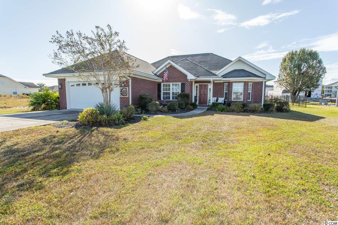 Lovely 3 bedroom ranch home w swimming pool located in the well sought after Deerfield Plantation.  Enter through the curved archways to an open floor plan with vaulted ceiling in living room and 15' of granite counter top overlooking the white kitchen.  Split bedroom set-up has double doors to large Master bedroom suite with tray ceiling and separate shower, walk-in-tub, walk-in closet plus linen closet. Walking outside takes you to your 25' x 14' fiberglass pool and patios recently installed this year.  Add this beauty to list of homes to tour! Fantastic condition of home.  Well maintained. Do not miss this one! Convenient to the ByPass or enter off Business 17. Dining table and chairs stay with purchase.