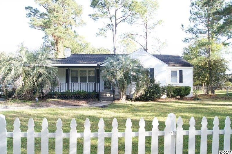3 bedroom, 2 bath, all brick ranch home just steps from the beautiful Winyah Bay. Detached single car garage. Built in 1959, this home offers a fireplace, dedicated office, dining area, comfortable front porch and laundry room. Convenient to everything that makes Georgetown a wonderful place to call home.