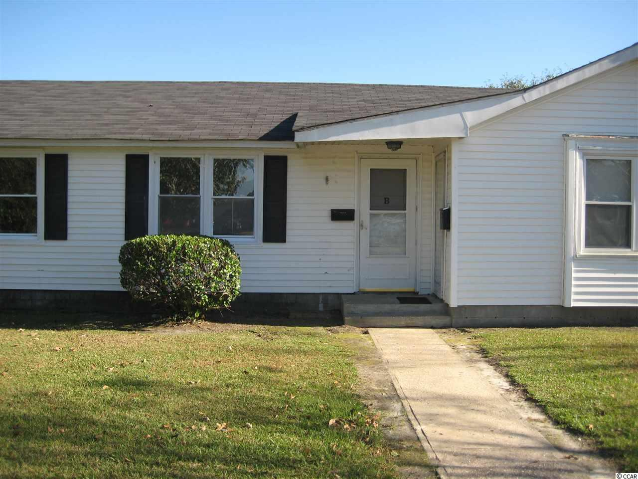 Motivated seller! Bring an offer! Charming Apartment in Downtown Conway. Minutes away from the famous river walk. Great Location in the city of Conway. This is an Investors dream! Units are an excellent rental income!  New Carpet.