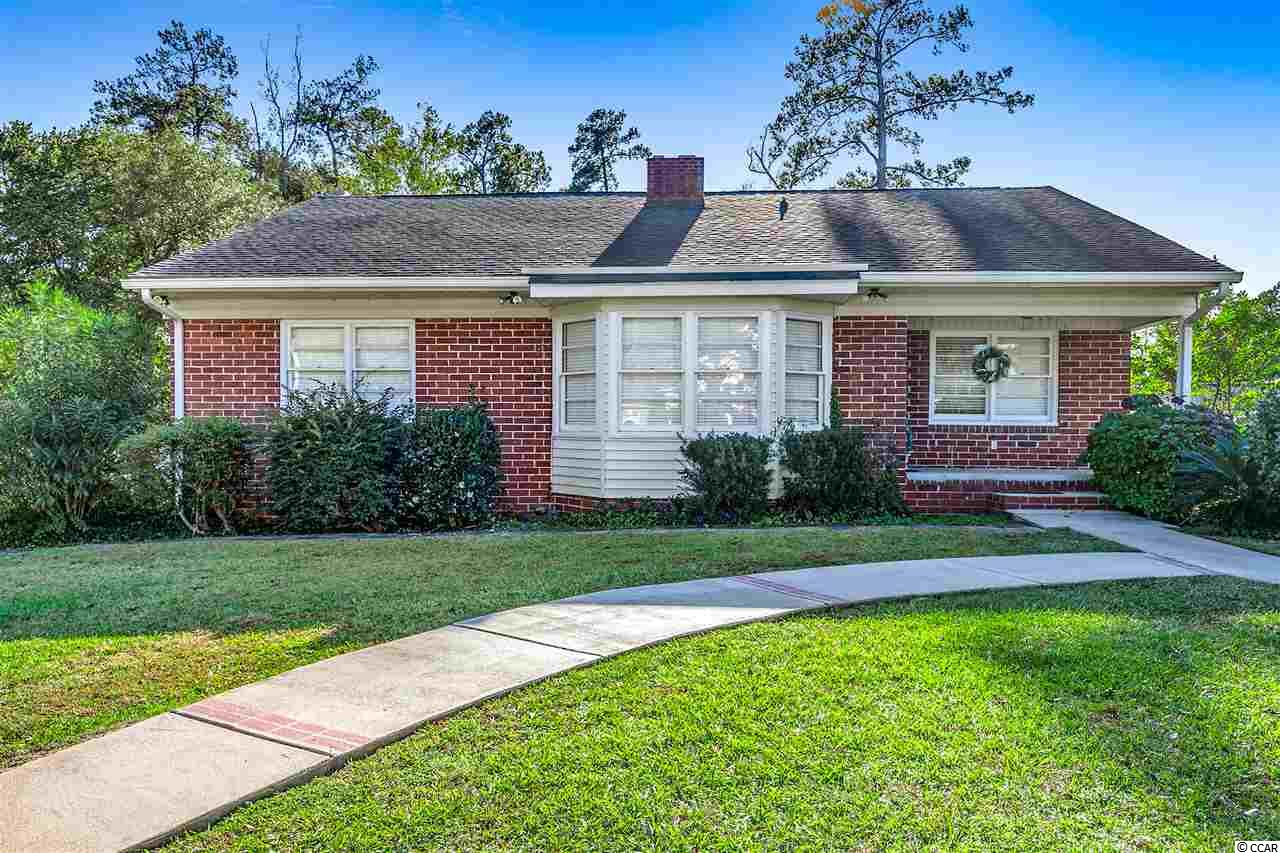 All brick, well maintained, 2 bedroom / 2 bath ranch home in the heart of Conway!  You must view this home to appreciate the potential! The current dining room could be used as a 3rd bedroom.  Full basement and conveniently located to everything!  Don't Delay!