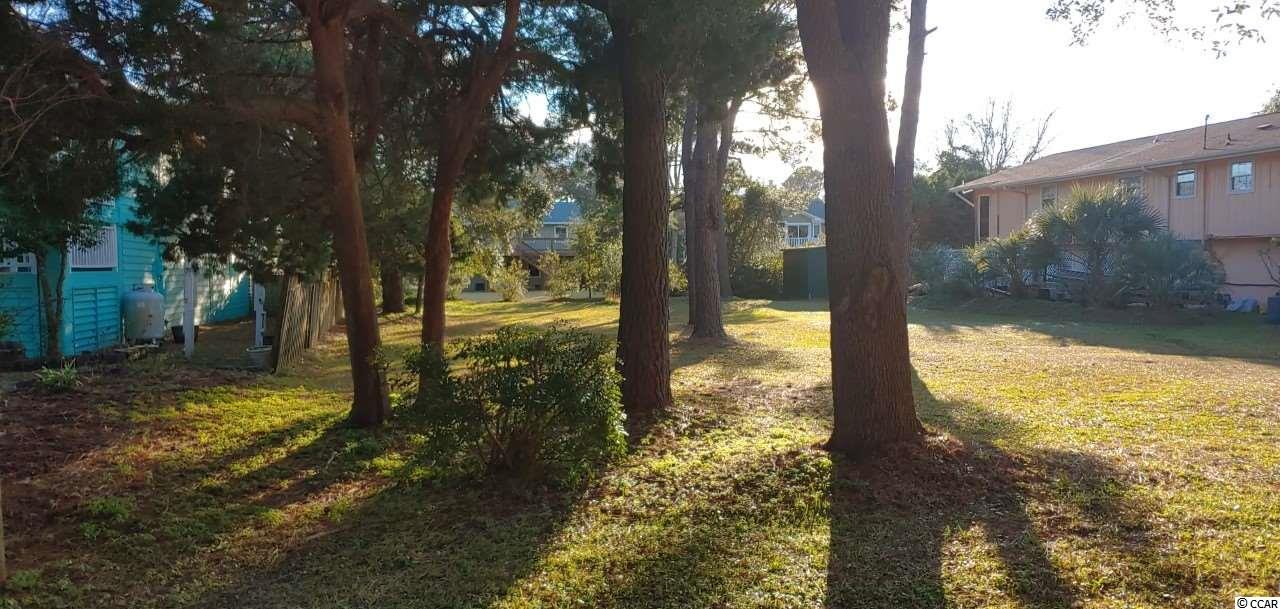 Beautiful lot located within short walking distance to the ocean.  Lot is cleared and ready to build your dream home at North Litchfield Beach.  No HOA.