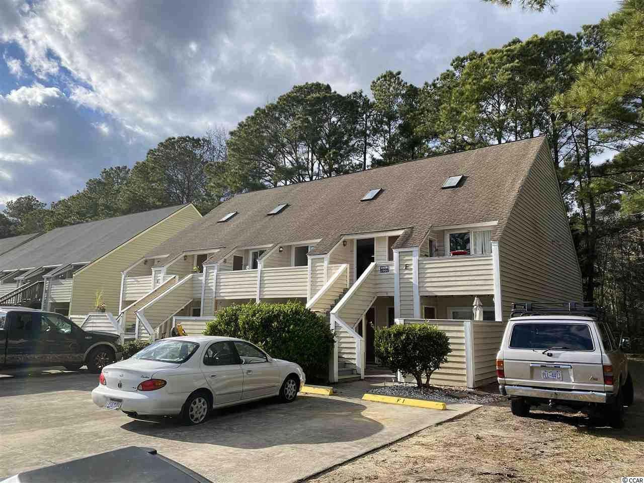 Recently updated unit less than a mile to beautiful Garden City beach is located in the Jamestowne community.  Owners have successfully rented unit for over twelve years.  This unit has been updated with no spiral staircase. Better than move-in ready!