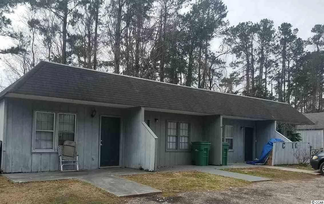 NVESTOR SPECIAL: FULLY LEASED QUAD-PLEX. All 4 units are 2 BD/1 BA w/ separate laundry rooms. Roof was replaced ~9  years ago. Rental rates for 3 units currently below-market giving it great upside potential. Needs TLC. Sold As-is. Bring your offers!