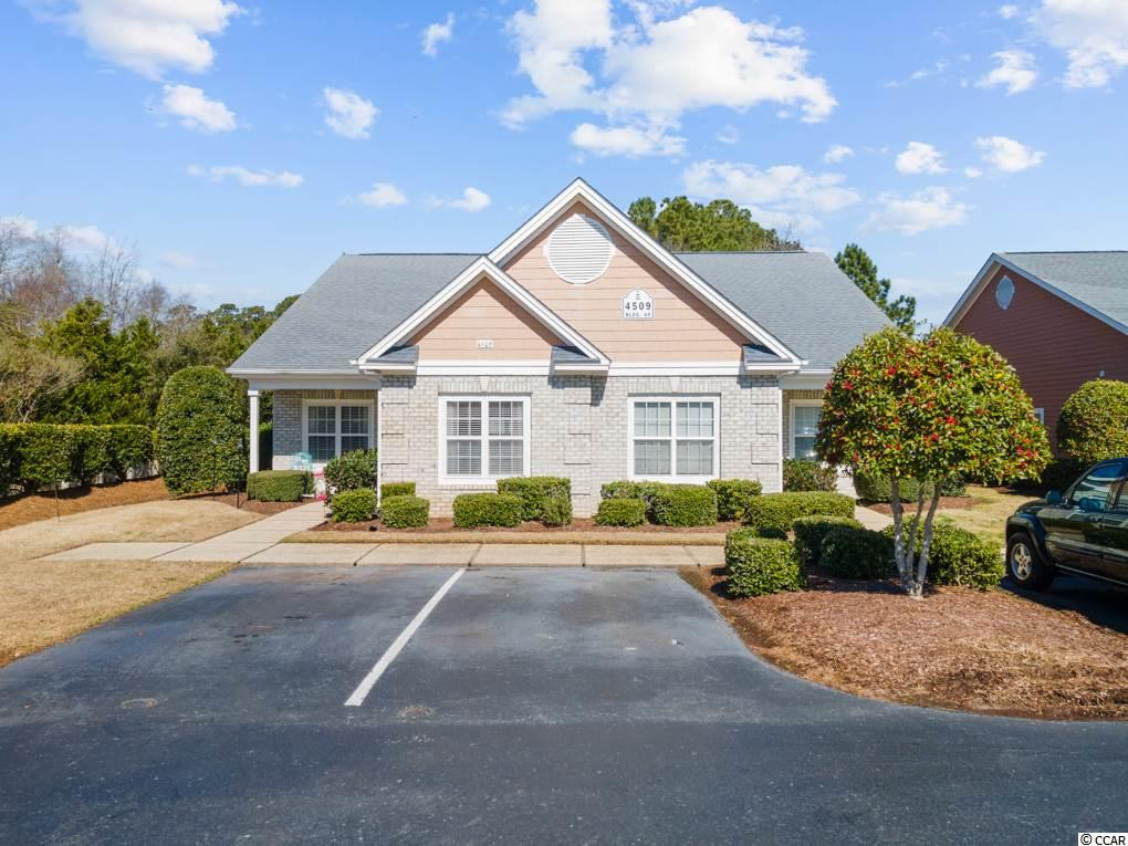 Awesome 3 bedroom 2 bath Condo at Lightkeepers Village. This unit sits on second row from the waterway and has lake views from the back patio. You can walk to the pool and Lighthouse and take a stroll on the boardwalk. This unit has granite countertops, stainless appliances and a screened in back porch for your morning coffee or afternoon glass of wine.
