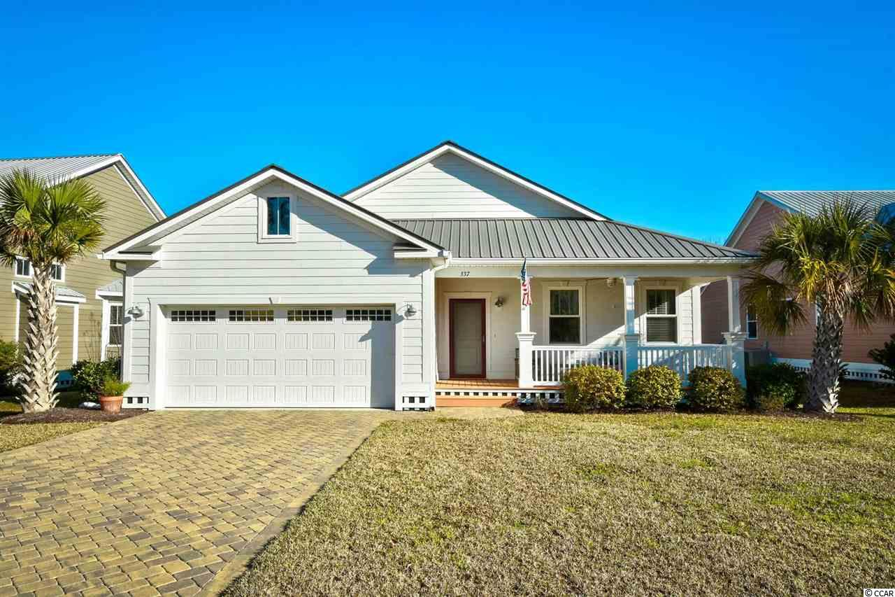 Take a look at this rare 3 bedroom home in Murrells Inlet. Currently no other home for sale in Oak Hampton. This recently built 3 bedroom is all single level, features high ceilings, open kitchen, granite and stainless steel and is in an immaculate condition. Located in highly sought after new area in Prince Creek of Murrells Inlet. minutes away from everything Myrtle Beach and Murrells Inlet has to offer, from top dining and entertainment to shopping and the BEACH. Don't miss your chance to schedule your private showing.