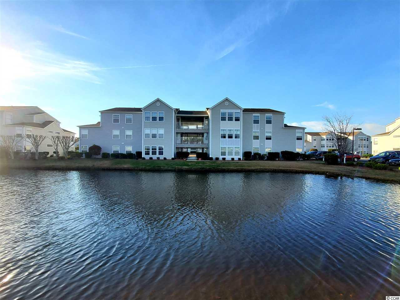 Well maintained 2 bedroom 2 bath condo in Southbridge. Freshly painted throughout. Open floorplan. Pergo Max laminate flooring. Top floor unit with vaulted ceilings and amazing Carolina room. Walk in closet in master bedroom. 2.2 miles to the beach. Beautiful lake views.