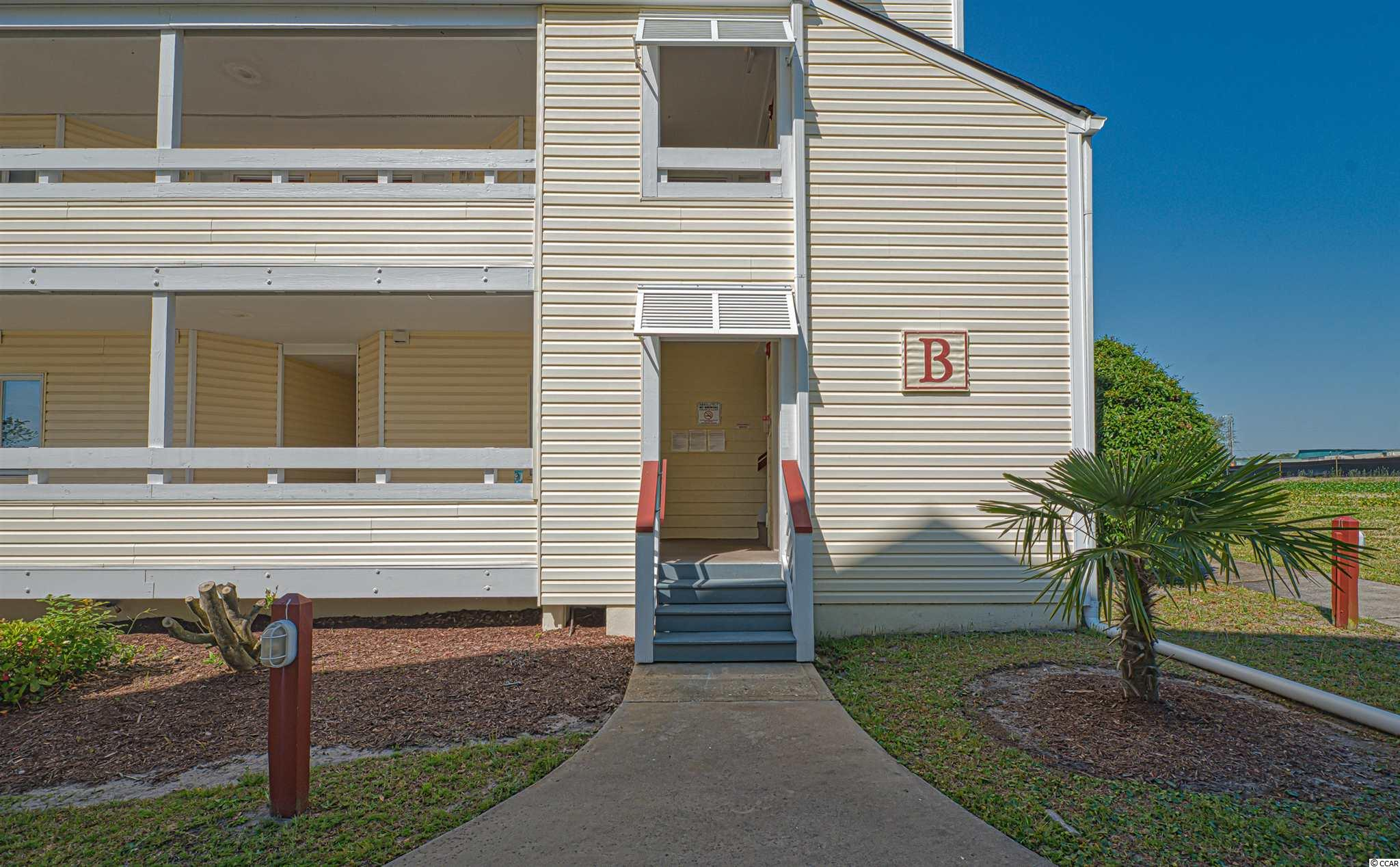 Beautiful, upgraded 2 bedroom, 2.5 bath condo in the North Myrtle Beach Area! Sold completely furnished! Brand new oven, newer flooring, paint and newer furniture. Just a few minutes from the beach, restaurants, entertainment, Barefoot Landing and More!  2nd floor condo, corner end unit! Community has pool and tennis courts.