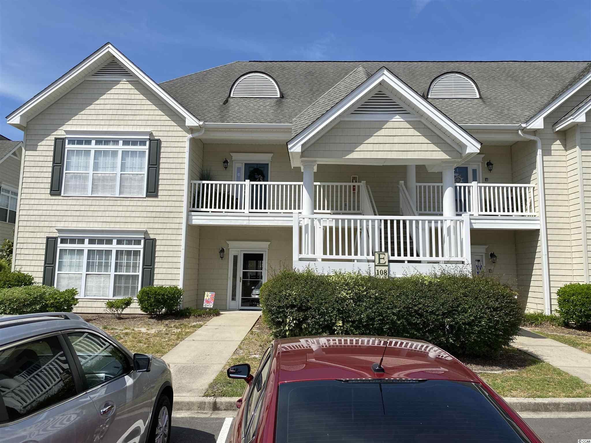A beautiful well kept 2 bedroom and 2 bathroom condo at the Village at the Glens in Little River, SC. This is an end unit with new a new washer in 2019, new glass sliding doors being installed in May 2021, new screens in all of the windows, 2 closets in the master bedroom, pantry, garbage disposal and all white kitchen appliances. Relax on the screened in back porch that over looks the pool. The back porch also features a storage closet for all of of your beach gear.