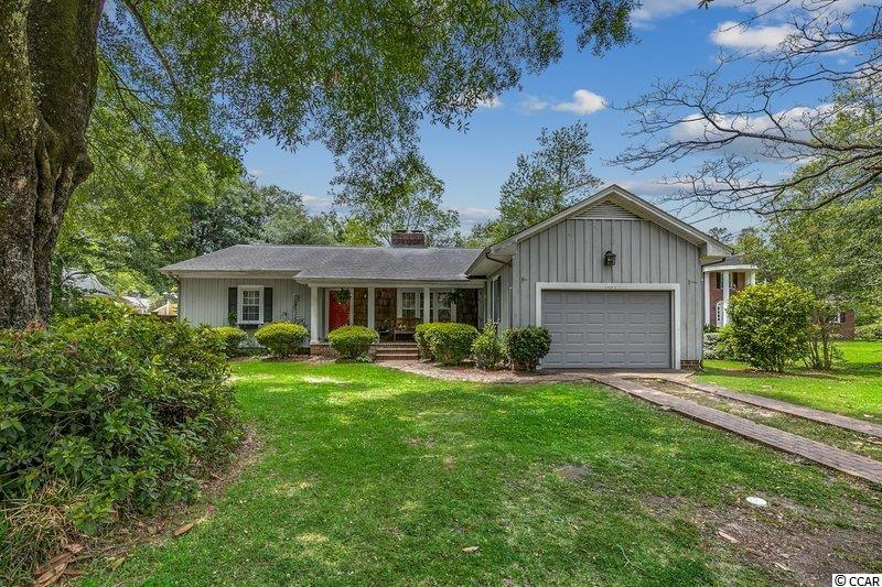 Located in Downtown Conway, this 3 bed 2.5 bath is an absolute dream sitting among the live oak trees. Large kitchen has plenty of space for cooking and entertaining guest. Keep warm in the winter with the double sided fireplace that will be sure to heat the rooms throughout. Enjoy the privacy of the back patio over looking the fenced backyard.