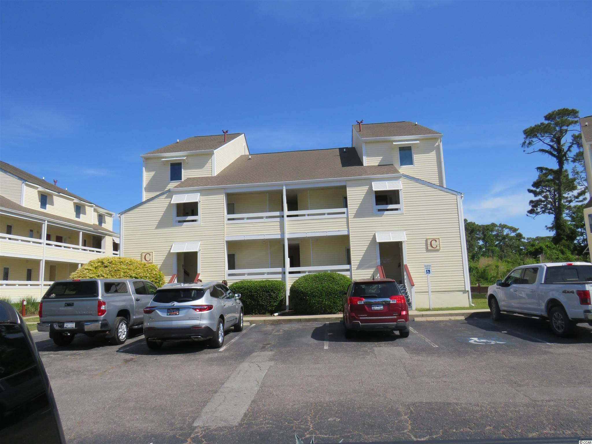 1 BEDROOM CONDO CLOSE TO BEACH, SHOPPING RESTAURANTS IN WALKING DISTANCE. OWNER SAYS BRING OFFERS, MORE PHOTOS COMING NEXT WEEK , THERE IS A TENANT IN PLACE MONTH TO MONTH SO YOU CAN BUY AS AN INVESTMENT OR TENANT WILL BE OUT BY CLOSING. CALL YOUR AGENT TODAY BEFOR THIS ONE GETS AWAY.