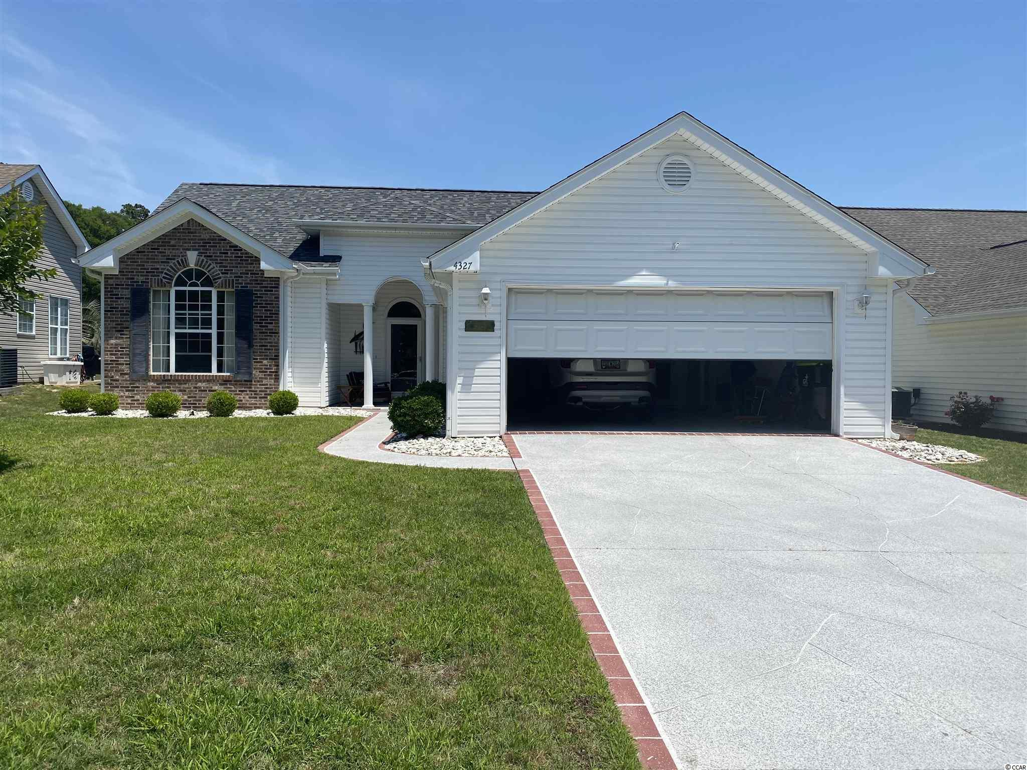 Great opportunity available in The Oaks at Eastport. This single level, 3BR/2B home with a 2-car attached Garage has beautiful views of pond and golf course from the back patio.