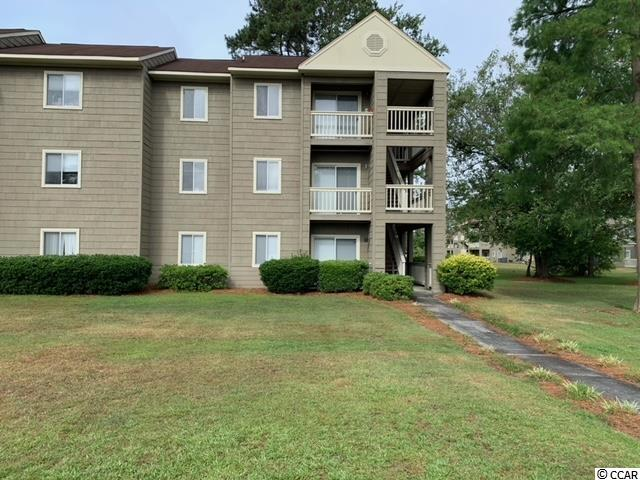 BEAUTIFUL CONDO OVERLOOKING POOL IN FRONT OF UNIT.   BEAUTIFULLY LANDSCAPED GROUNDS. BEST KEPT SECRET IN CONWAY HOSPITAL AREA. CLOSE TO CCU.