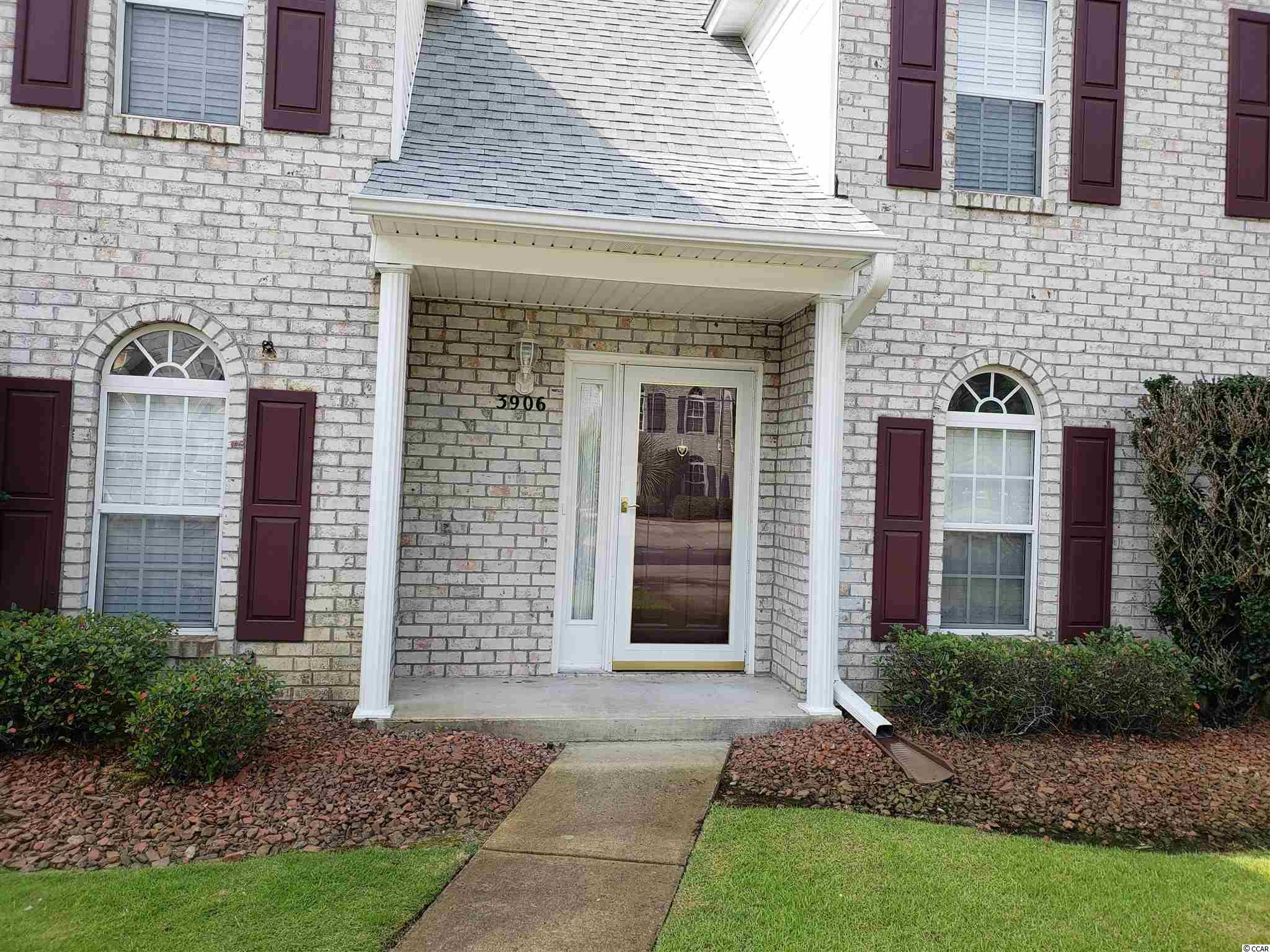 THIS VERY WELL MAINTAINED 2-STORY, 3 BEDROOM, 2 BATH TOWNHOUSE HAS BEEN USED ONLY AS A SECOND HOME, NEVER RENTED.  ROOF, HVAC, HOT WATER HEATER NEW SINCE 2020.  WASHER/DRYER CONVEY.  LONG TERM RENTAL ONLY, OWNER ALLOWED PETS.  COMMUNITY POOL.  EASY ACCESS TO LITTLE RIVER WATERFRONT, RESTAURANTS, NORTH MYRTLE BEACH, IS JUST A SKIP AWAY.