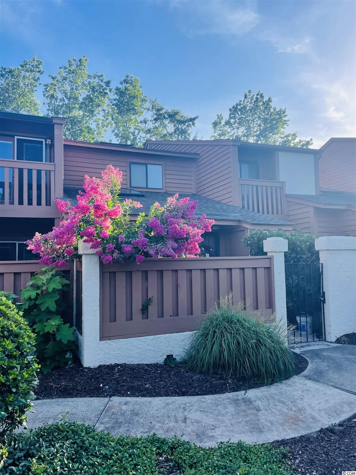 Welcome to the Ocean Pines II neighborhood. This cute condo neighborhood offers great amenities and is located less than a mile from the beach. A perfect vacation getaway and must be seen to appreciate. LOCATION LOCATION LOCATION. It will not last long in this market so come check it out.