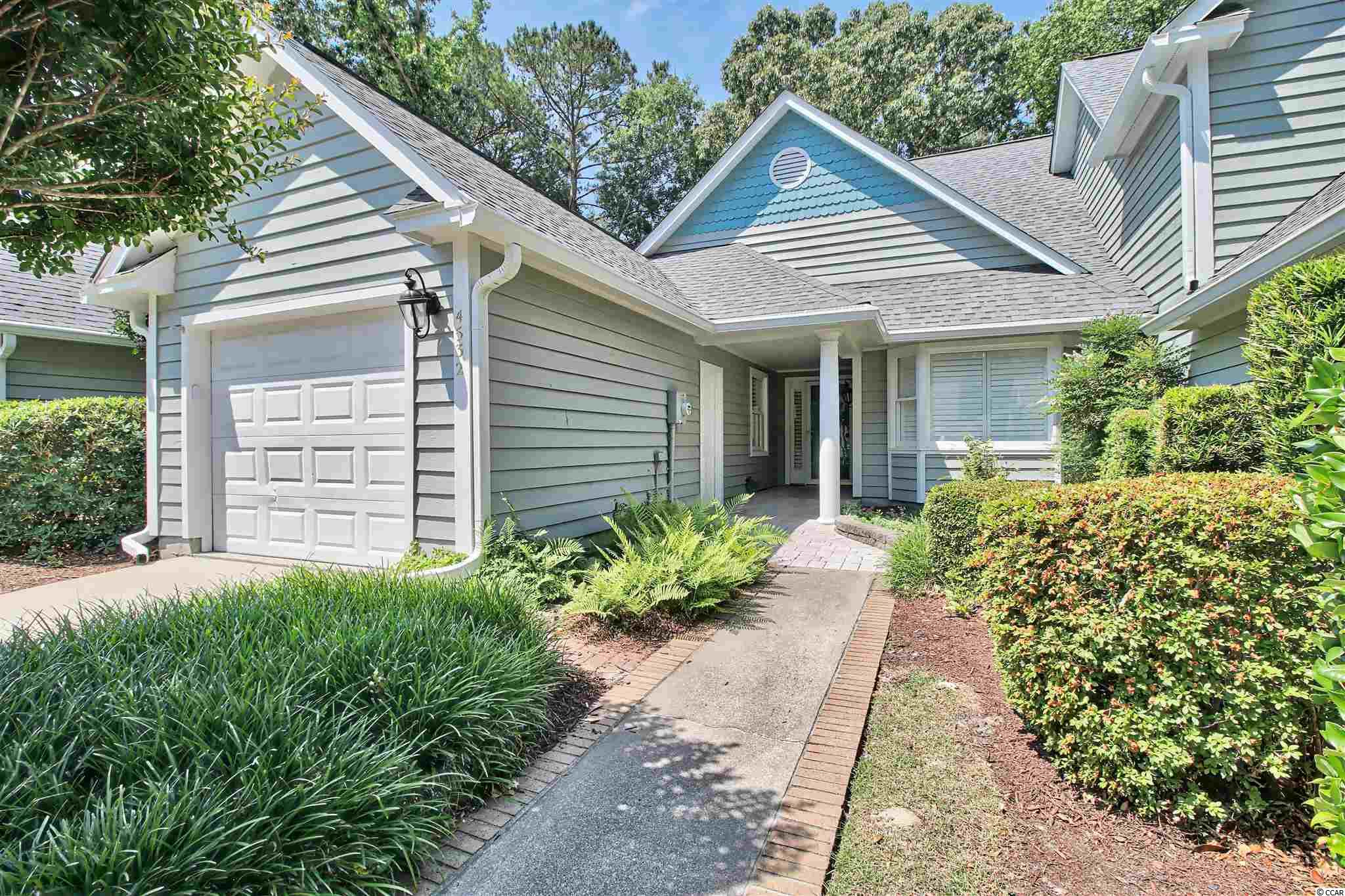 Eastport Community is a golf course and Intra-Coastal community!! Nice 2 bedrooms, 2 bath with 1 car garage. Nice patio with great a view of the golf course.