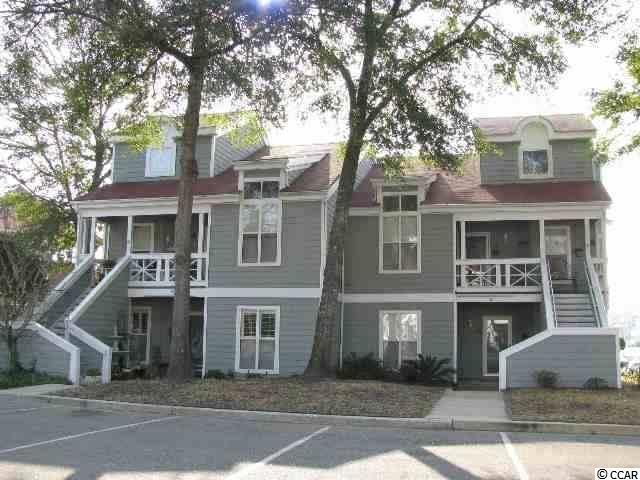 2BR/2BA condo on the first floor, end unit located in the beautiful, desirable community of Mariners Point.   Over-sized screened porch looking out to the ICW, pool and marina.  Perfect location for boaters.  Amenities include pool overlooking the marina, club house, tennis and more.