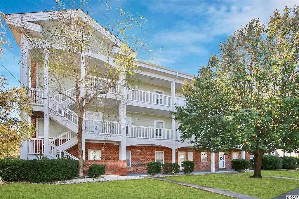 This is a well kept, 2nd floor, 2 bedroom 2 bath end unit condo in the Azalea Lakes community. It offers 9 foot ceilings with ceiling fans throughout, living room and balcony that overlook the lake, dining area with an updated breakfast bar, kitchen has all white appliances, new backsplash and new tile flooring. The master bedroom also has a lake view with a walk-in closet, master bath offers a vanity with single sink and a tub/shower combo. This condo also comes with a great guest bedroom, full guest bath with new tile flooring, new washer/dryer and a separate outside storage closet off the balcony. Azalea Lakes amenities include an outdoor pool, indoor pool, clubhouse, fitness room and court yard areas to relax.