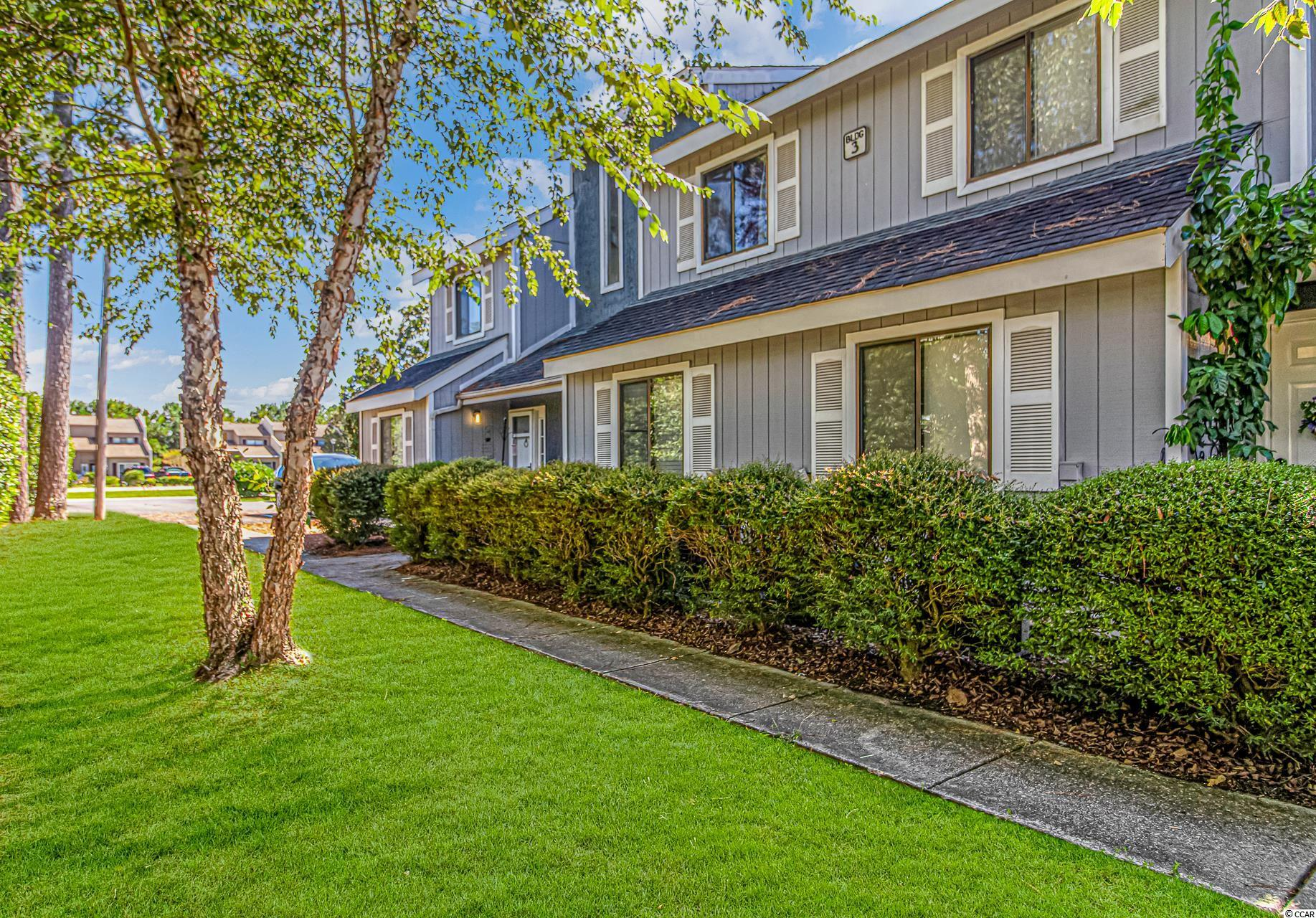 Here is a unit less than 10 mins to the ocean for a great price! Currently has an annual tenant with a lease that expires 3/1/2021.  Buy it now and you will be ready to enjoy spring at the coast. This will not last long.