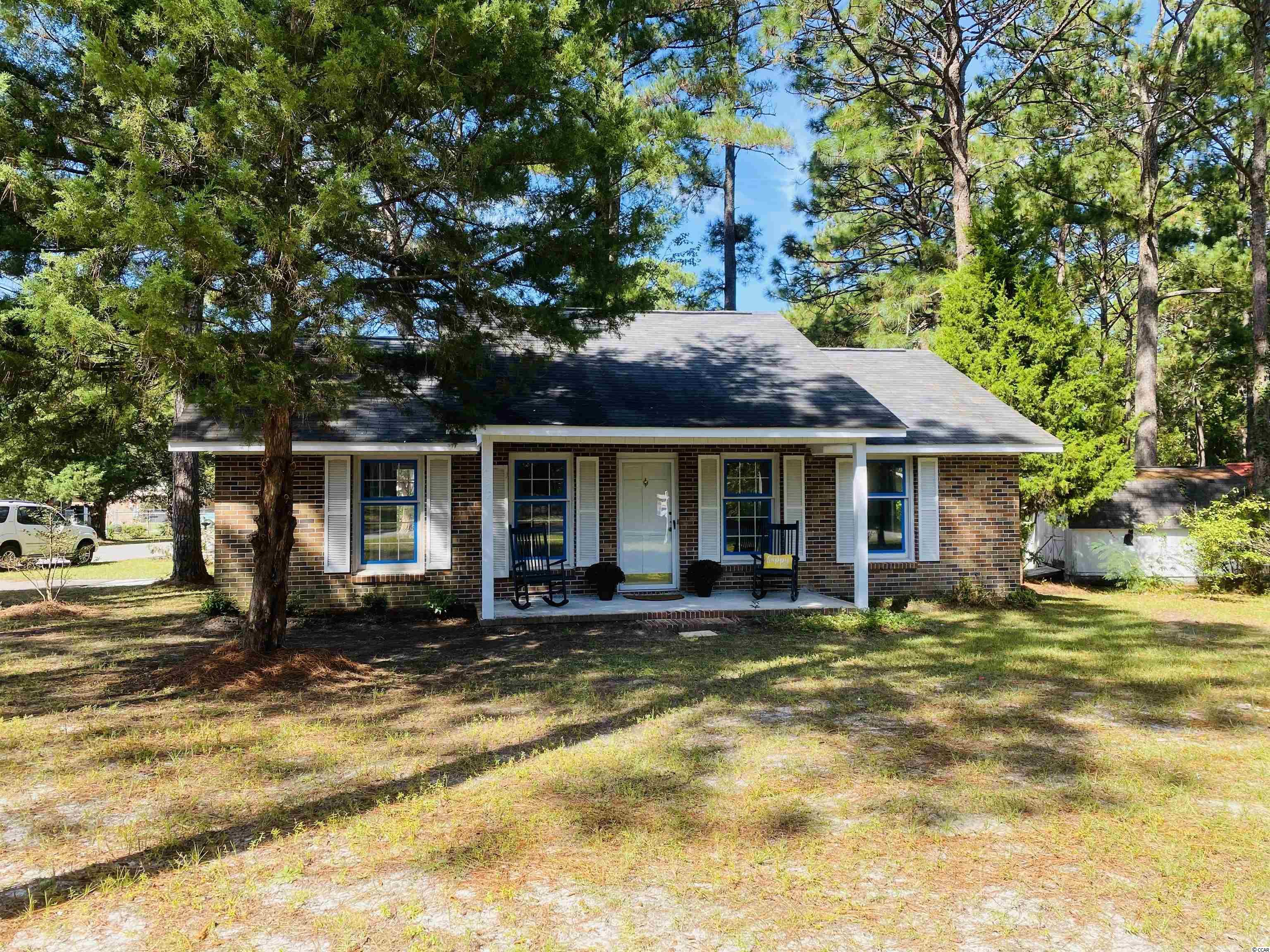 Cute brick ranch home located in the Maryville area of historic Georgetown, South Carolina!  2512 Old Charleston Road - split bedroom floor plan with three bedrooms and one and a half baths.  Great open living/dining/kitchen space and lots of natural light.  Nice big corner lot, covered front porch to relax on, carport, utility space and detached shed. Within a five minute drive to historic downtown Georgetown waterfront boardwalk, wonderful dining and fun shops. If you love the water and outdoors, enjoy any of the five rivers surrounding the area, the Waterway, saltwater creeks and the Atlantic Ocean.  Enjoy Low Country living at it's best! *Buyer is responsible for verifying square footage of home and lot.