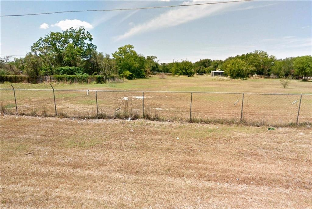 Huge Ranch land! Over 60 acres of land perfect for ranch use.