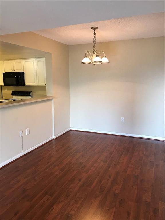 BEAUTIFULL DOWNTOWN LAS OLAS 2/2 CONDO. WALKING DISTANCE TO SHOPPING AND ENTERTAINMENT. Includes 1 assigned parking space in building gated garage + 1 guest parking. TENANT PAYS OWN WATER/SEWER, ELECTRIC AND CABLE. ASSOCIAION COLLECTS A $500 REFUNDABLE SECURITY DEPOSIT PER OCCUPANT. IF LEGALLY MARRIED ONE DEPOSIT. ASSOCIATION ALSO COLLECTS $300 NON-REFUNDABLE PET FEE. Laminate flooring. Pool, spa, cabanas, BBQ grills, fitness center, cyber cafe, billiards room & Concierge. Pet Friendly, 2 total up to 40lbs combined weight. CURRENT RENT SPECIAL: LANDLORD WILL CREDIT TENANT 1/2 MONTH RENT OF $75 PER MONTH OVER THE TERM OF THE LEASE. EFFECTIVELY BRINGS ANNUAL RENT DOWN BELOW MARKET.